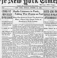 Radio Listener in Panic Taking War Drama as Fact شنوندگان رادیو مضطرب، درام جنگ را واقعی پنداشتند